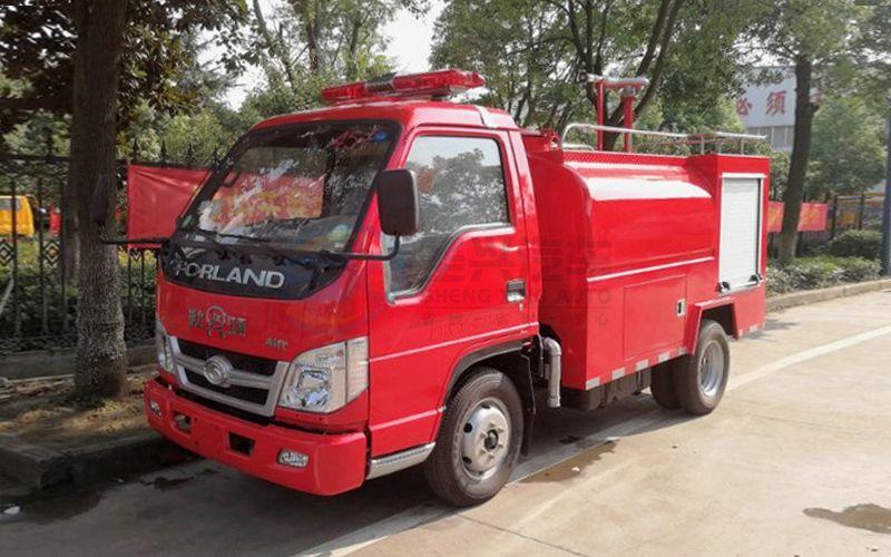福田时代3吨消防洒水车