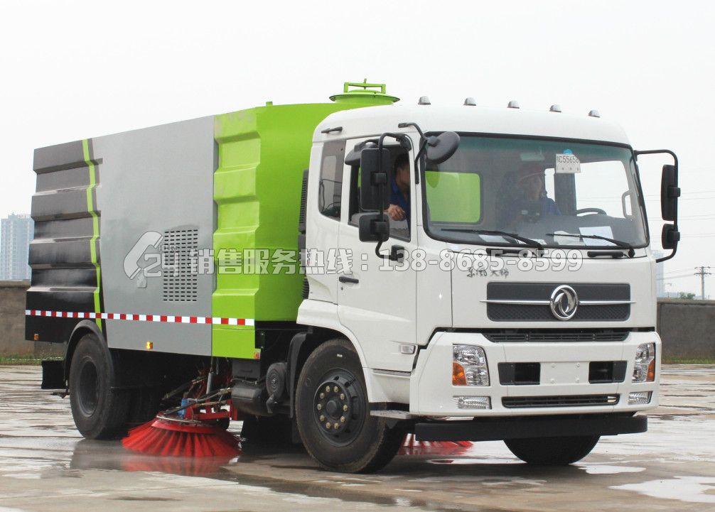 东风天锦16吨扫路车