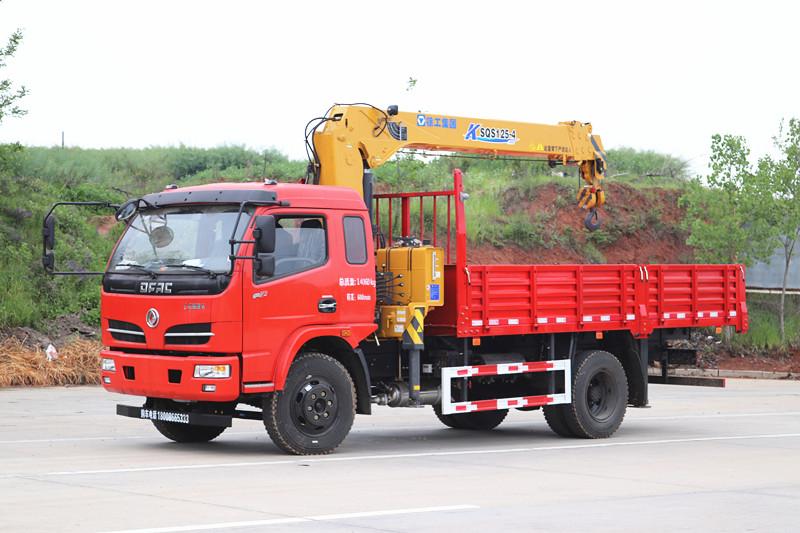 东风福瑞卡5吨随车吊-徐工5吨4节