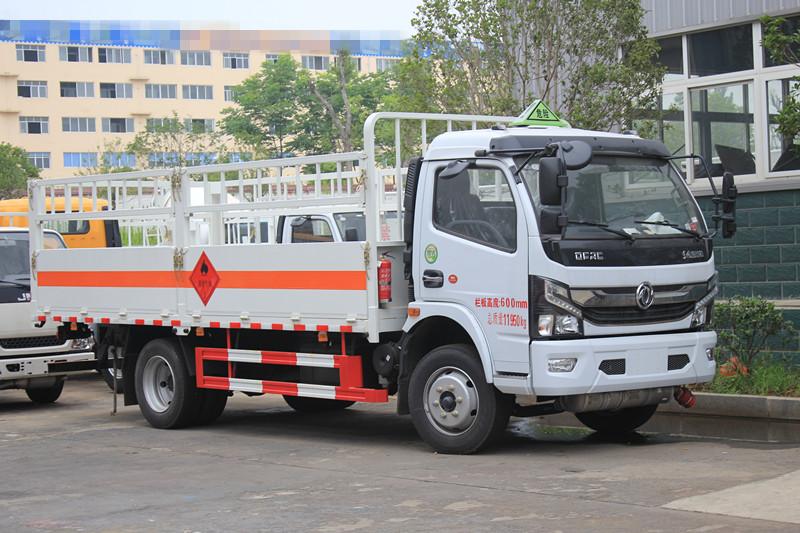 国六-东风多利卡5米2气瓶运输车