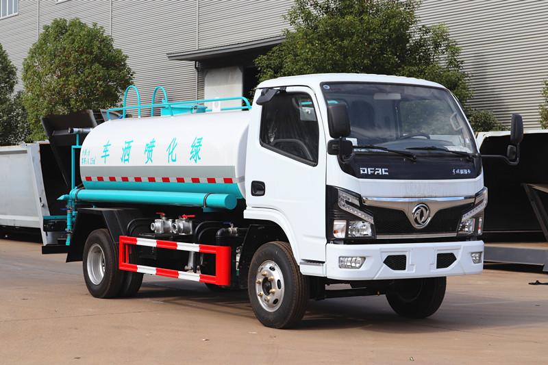国六东风福瑞卡5吨洒水车